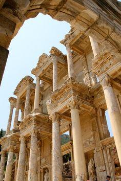 Library of Celsus - Ephesus, Turkey This looks amazing