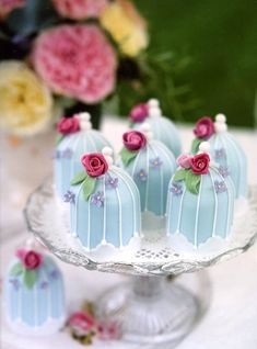 Mini-Birdcages - For all your cake decorating supplies, please visit craftcompany.co.uk