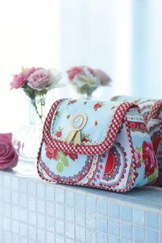 pip studio new 2013 bag Pip Studio, Spring Bags, Craft Bags, Bag Packaging, Rose Cottage, Mitten Gloves, Clutch Bag, Diaper Bag, Diy And Crafts