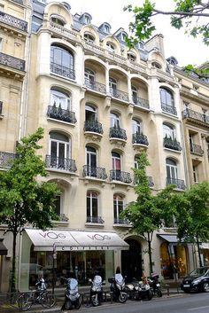 Architecture, 16ème arrondissement, Paris by Hotels Paris Rive Gauche, via Flickr