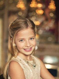 Music: Jackie Evancho. What an extrodinary child