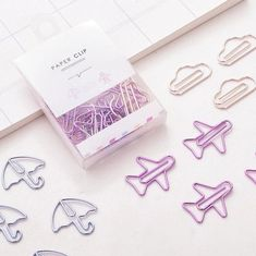 Mini Paper Clips - Plane/Umbrella/Cloud Pieces per box) Korean Stationery, Kawaii Stationery, Stationery Paper, Middle School Supplies, Cute Office Supplies, College Supplies, Diy School Supplies, Stationary Supplies, Stationary Design