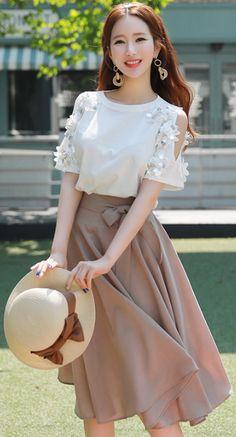StyleOnme_Ribbon Tie Flared Skirt #summerlook #skirt #koreanfashion #kstyle #kfashion #seoul #feminine #sweet #ribbon