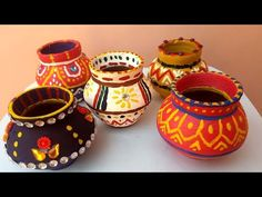 Matki Decoration, How to decorate POT at home, Indian Festival Diwali spacial craft idea decor. Matki Decoration, How to decorate POT at home, Indian Festival Diwali spacial craft idea decor Track: Debris & Our Psych - Omerta [NCS Release] Music provided Kalash Decoration, Thali Decoration Ideas, Diy Diwali Decorations, Festival Decorations, Pottery Painting Designs, Pottery Designs, Paint Designs, Bottle Art, Bottle Crafts