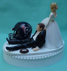 Hahaha showed this to the BF...he loves it except the helmet would be bears!