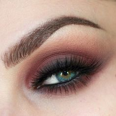 Have to try this eye make-up look, as my complexion is about the same color, and my eyes are similar...except a tad bit more green.