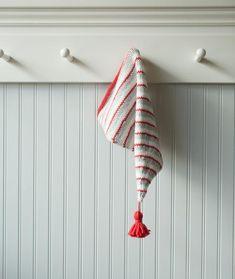 Jolly Stocking Cap Using Big Bad Wool Weepaca – Churchmouse Yarns & Teas free Knitting Projects, Knitting Patterns, Knitting Ideas, Wool Wash, Last Stitch, Stockinette, Baby Alpaca, Stitch Markers, Blue Bird