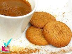 ΤΑ ΚΑΛΥΤΕΡΑ ΣΠΙΤΙΚΑ ΜΠΙΣΚΟΤΑ ΚΑΝΕΛΑΣ - Νόστιμες συνταγές της Γωγώς! Greek Sweets, Breakfast Snacks, Stevia, Soul Food, Biscotti, Macarons, Cornbread, Sweet Recipes, Food And Drink