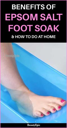 Epsom Salt Foot Soak – Benefits & How To Do It? A very simple and regular thing to do would be to use a foot soak once in a while.Here are a few amazing epsom salt foot soak recipes that will surely Epsom Salt Foot Soak, Epsom Salt Bath, Foot Soak Vinegar, Listerine Foot Soak, Epsom Salt Benefits, Health Benefits, Health Tips, Foot Detox Soak, Diy Foot Soak