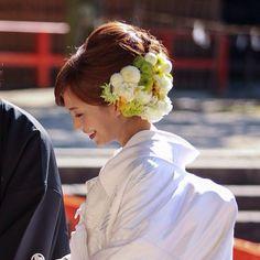安田美沙子様の前撮りのお写真です* こちらは、白無垢でのご様子です* flower;@flower_design_sirk hair;@kws_hairmake kimono;@takamibridal #flowerdesignsirk#sirk#wedding#flower#weddingflower#flowerarrangement#takamibridal#takami#kyoto#japan#partydecoration#北山ウエディングストリート#北山#結婚式#京都#会場装花#花#フラワーアレンジメント#フラワー#ウェディングフォト#下鴨神社#安田美沙子#白無垢