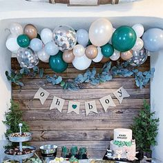 A woodsy winter woodland party isn't complete without fresh pine trees, pine cones, and bubbly balloons! Complete any woodland party with a balloon garland kit! winter woodland party ideas and decor baby shower DIY Balloon Garland Kit Diy Balloon, Custom Balloons, Balloon Garland, Diy Garland, Balloon Backdrop, Balloon Tree, Garland Ideas, Balloon Party, Baby Shower Decorations For Boys