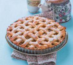 End off an impressive meal with this beautiful classic Lattice Apple Pie dish. Baking Recipes, Dessert Recipes, Pie Dessert, Cake Flour, Perfect Food, Pie Dish, Apple Pie, Baked Goods, Delicious Desserts