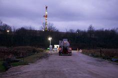 """""""Un puits de gaz de schiste peut s'installer du jour au lendemain""""... http://www.bastamag.net/Youngstown-Ohio-l-Amerique-defavorisee-en-proie-a-l-industrie-du-gaz-de-schiste"""