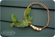 tiny mini wreath by I'mFeelin'Crafty