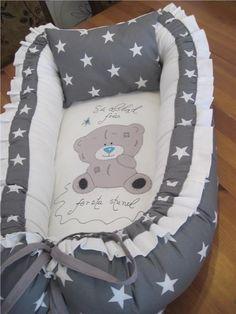 FINT Babynest i gråt/ vita stjärnor hemsytt!