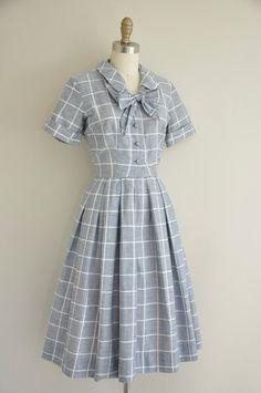 vintage 1950s dress / 50s plaid bow tie dress / 1950s full skirt cotton dress