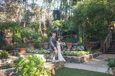 Get dat booty at this pirate-themed wedding in Malibu #pirates #wedding