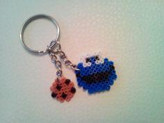 Llavero hama beads Monstruo de las galletas. creaciones-rdhr.blogspot.com.es