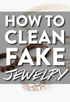 14 Clever Deep Cleaning Tips & Tricks Every Clean Freak Needs To Know Deep Cleaning Tips, House Cleaning Tips, Cleaning Solutions, Spring Cleaning, Cleaning Hacks, Diy Hacks, Cleaning Products, Cleaning Carpets, Ring Set