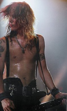 Duff Mckagan - You can't go wrong with trousers like that!! <3
