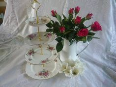 A sample of the kind of vintage cake stands we can make 4 tier at £24.99