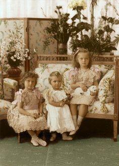Tatiana, Maria, Olga