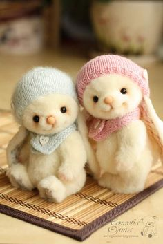 Lucy and Lily by By Olga Nechaeva   Bear Pile