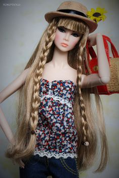 A-Z Doll Photograhy Challenge: H