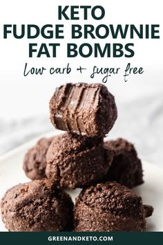 Keto Chocolate Fudge Brownie Fat Bombs Easy keto chocolate brownie fat bombs are so rich and fudgy, they'll satisfy all those sweet cravings. They're simple to make, sugar-free, and gluten-free. Try this keto dessert recipe tonight! Brownies Cétoniques, Brownies Caramel, Sugar Free Brownies, Chocolate Fudge Brownies, Chocolate Fat Bombs, Chocolate Tarts, Chocolate Ganache, Chocolate Desserts, Keto Desserts