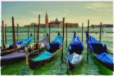 """""""blue gondolas"""" von Bernd Hoyen #fotografie #photography #fotokunst #photoart #abstrakt #abstract #stadt #städte #city #cities #gondel #gondeln #gondola #gondolas #blau #blue #nachtaufnahme #nachtaufnahmen #nightshot #nightshots #urban #stadtlandschaft #stadtlandschaften #cityscape #cityscapes #italien #italy #venedig #venice"""