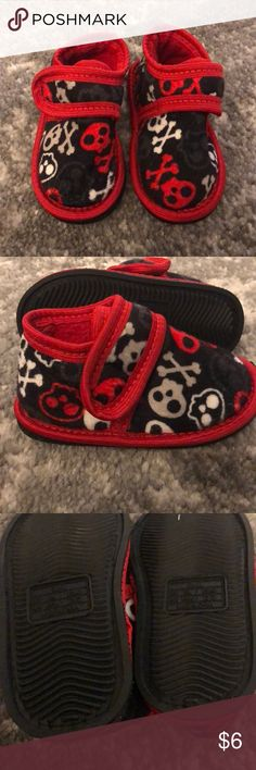New Toddler Boys Slippers Size 4/5 New and never worn. Size 4-5  Buy 2 or more of my kids listings and I will take $5 off Shoes Slippers