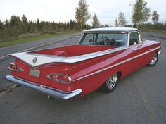 When Parker was little he thought that El Camino was truck/car in Spanish. ~t~