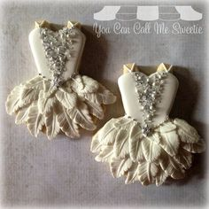 Beautiful tutu cookies - feather skirt