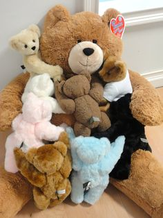 Big Hunka Love Bear with his little buddies.