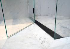 Shower Floor Ideas: Which Linear Drain to Choose Badezimmer Deko Badezimmer Fliesen Ideen 🛌 Linear Drain Shower, Shower Drain, Shower Floor, Glass Shower, Shower Tiles, Bathroom Accessories Luxury, Luxury Bathrooms, Modern Bathrooms, Shower Accessories