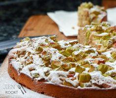 Snelle rabarbercake voor een heerlijk zoet(zuur) weekend | Jienkookt.nl