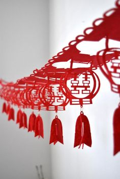 RED DOUBLE HAPPINESS FELT CHINESE WEDDING LANTERN GARLAND/POSTER - 3 METRES A striking and traditional laser cut felt double happiness lantern garland/poster -Perfect for traditional and modern Chinese weddings -To be placed on walls, ceilings/beams, above the doors and across the windows -The Chinese Wedding Tea Ceremony, Chinese Wedding Decor, Chinese Wedding Invitation, Traditional Chinese Wedding, Our Wedding, Filipino Wedding, Dream Wedding, Wedding Shoot, Rustic Wedding