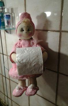 Seu banheiro pode ficar mais charmoso com as bonecas de Artes de mar.