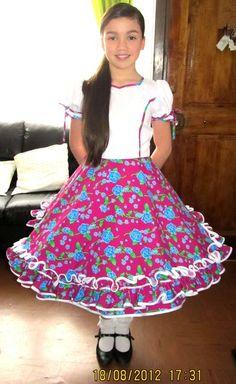 Confecciones Valeria Costumes, Floral, Skirts, Outfits, Dresses, Fashion, Folklorico Dresses, Templates, Briefs