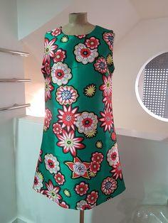 robe imprimé fleurs High Neck Dress, Style, Dresses, Fashion, Spring Summer Fashion, Fall Winter, Printed Dresses, Flowers, Turtleneck Dress