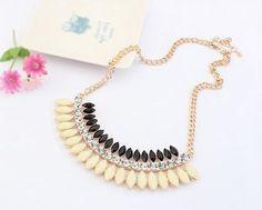 Fashion Necklace with rhinestones