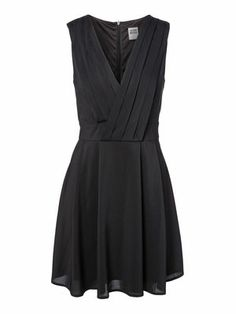 WP - PLEAT S/L SHORT DRESS #veromoda #black #dress #party #fashion @Veronica MODA