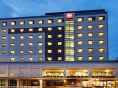 Christchurch Hotel Ibis Christchurch New Zealand, Pacific Ocean and Australia Hotel Ibis Christchurch is perfectly located for both business and leisure guests in Christchurch. Both business travelers and tourists can enjoy the hotel's facilities and services. 24-hour front desk, facilities for disabled guests, luggage storage, Wi-Fi in public areas, car park are on the list of things guests can enjoy. Comfortable guestrooms ensure a good night's sleep with some rooms featurin...