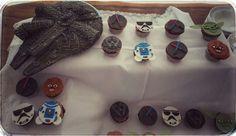 Starwars Cake and Cupcakes