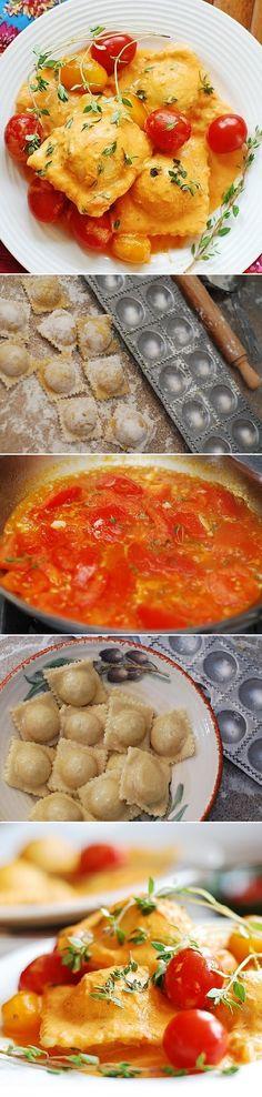 How to make ravioli from scratch, using a ravioli mold: with spinach and ricotta cheese filling, in homemade tomato cream sauce | JuliasAlbum.com | #Italian_recipes #Italian_ravioli #Italian_pasta