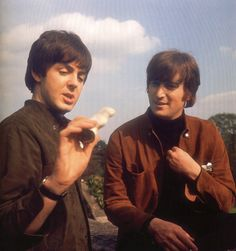 """Paul McCartney & John Lennon """"we could write a song about this... umm..."""" """"and your bird can sing!"""" """"yeah... about a bird""""... umm..."""