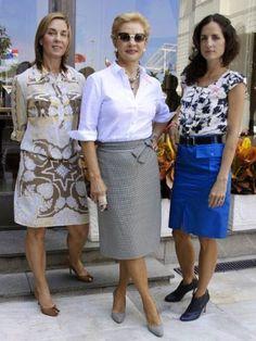 Women S Fashion From The Product Mature Fashion, 60 Fashion, Fashion Over 40, Womens Fashion, Fashion Design, Ch Carolina Herrera, Advanced Style, 50 Style, Classy Women