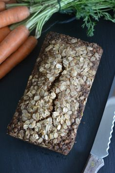 Karotten Walnuss Brot 1 How To Dry Basil, Herbs, Vegan, Baking, Food, Yummy Breakfast Ideas, Kuchen, Carrots, Glutenfree
