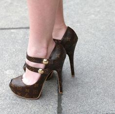 LV shoes - PINNED 'em a year ago... Hafta do it AGAIN!  love