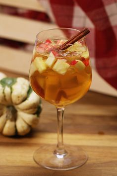Tasty Fall Sangria Perfect For A Fall Cocktail Party